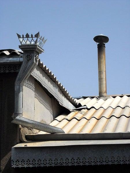 Крыши домов в Ахты / Фото из России