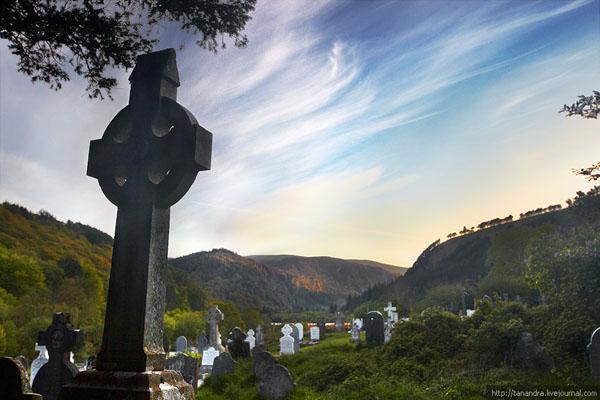 Кладбище в долине Глендалох / Фото из Ирландии