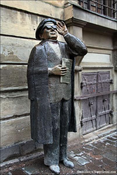 Одна из оригинальных городских скульптур в Стокгольме / Фото из Швеции