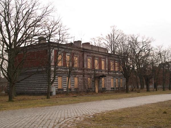 Заброшенный дом в Каросте / Фото из Латвии