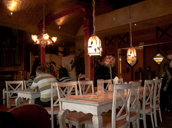 В ресторане Baron Bumbier в Лиепае / Фото из Латвии