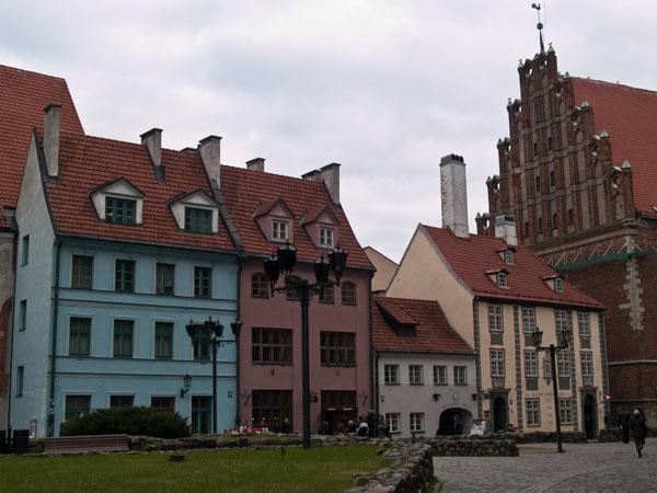 Разноцветный Старый город в Риге / Фото из Латвии