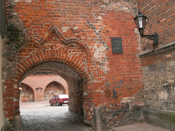 В подворотнях Старого города Риги / Фото из Латвии