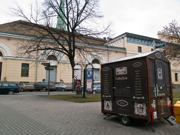 Уличная кофейня в Риге / Фото из Латвии