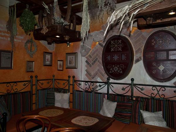 Интерьер традиционного ресторана в центре Риги / Фото из Латвии