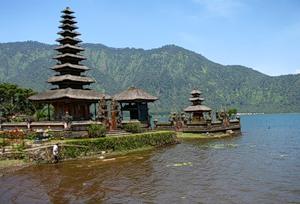 Художественный музей Нека в Убуде / Индонезия