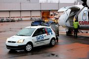 Выгрузка багажа из ATR-72  / США