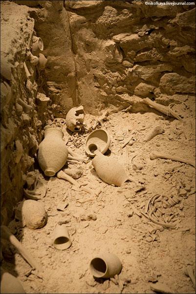 В крепости Калат-аль-Бахрейн ведутся раскопки / Фото из Бахрейна