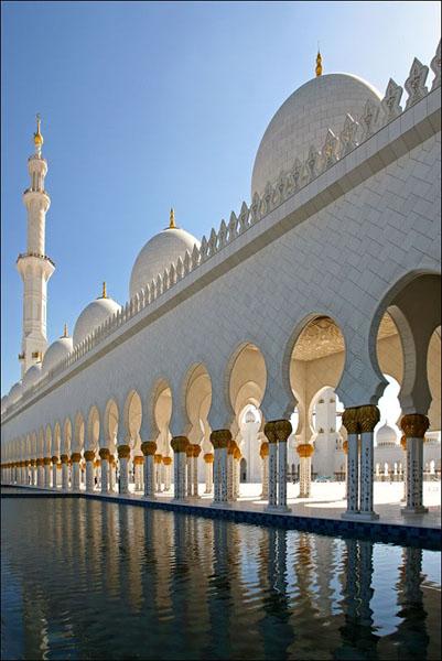 """Мечеть шейха Зайда - во всем """"самая-самая"""", ОАЭ / Фото из Бахрейна"""
