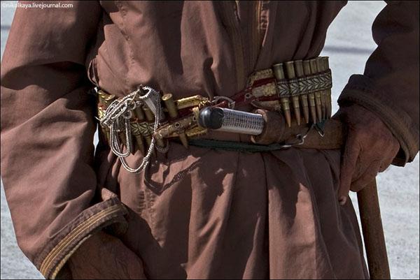 Традиционный оманский кинжал / Фото из Бахрейна