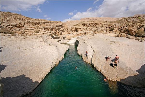 Горный водоем, Оман / Фото из Бахрейна