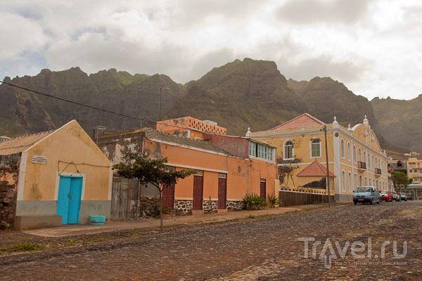 Понту-ду-Сол на самом севере острова Санту-Антан, Кабо-Верде / Фото из Кабо-Верде