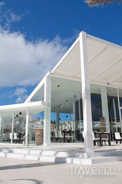 Заведение Johnny Walker - образец современной архитектуры Кабо-Верде / Фото из Кабо-Верде