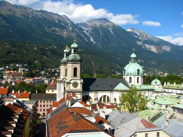 Инсбрук - столица Тироля / Фото из Австрии