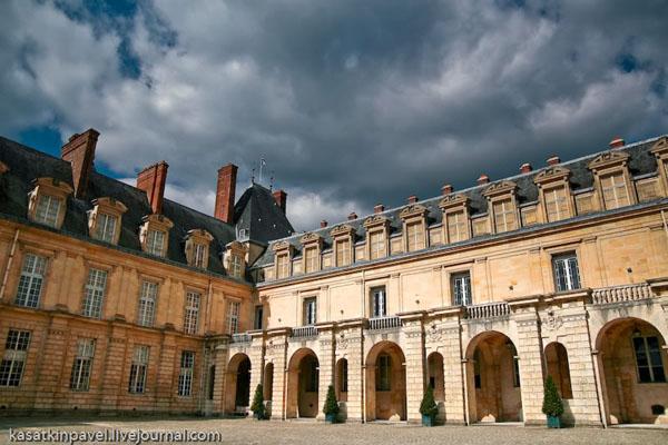 Фонтенбло - дворец с богатой историей / Фото из Франции
