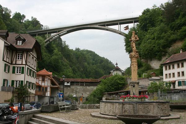 Вид на мост Gotteron / Фото из Швейцарии