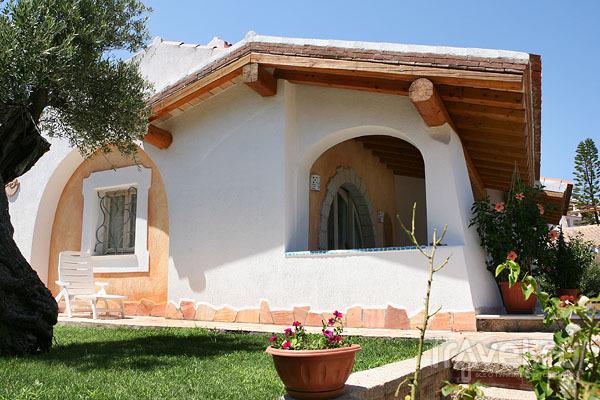 Вилла в местном стиле, Байя-Сардиния / Фото из Италии