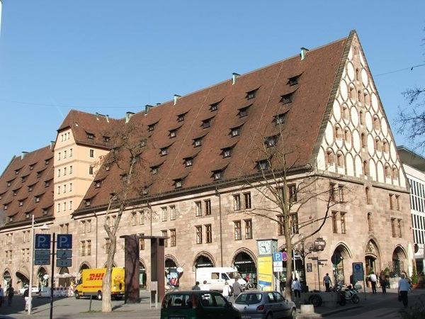 В начале торговой улицы Кёнигштрассе, Нюрнберг / Фото из Германии