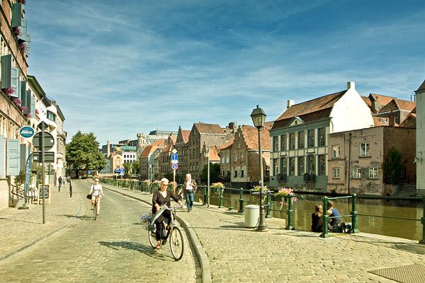 Набережная канала в Генте / Фото из Бельгии