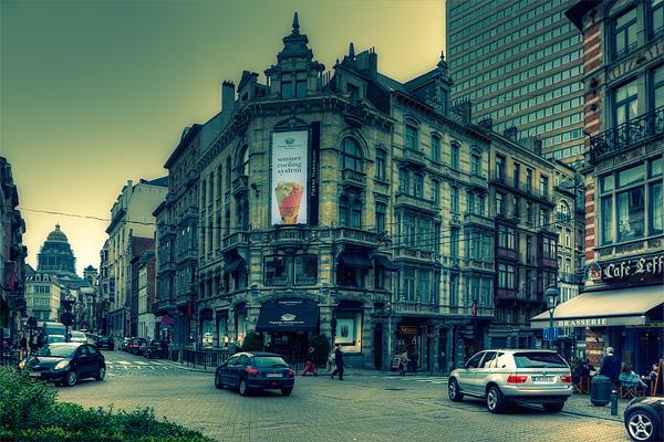На площади в Брюсселе / Фото из Бельгии