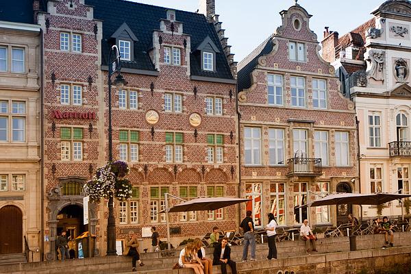 Фасад отеля Marriott / Фото из Бельгии