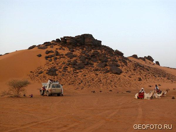Привал в пустыне / Фото из Судана