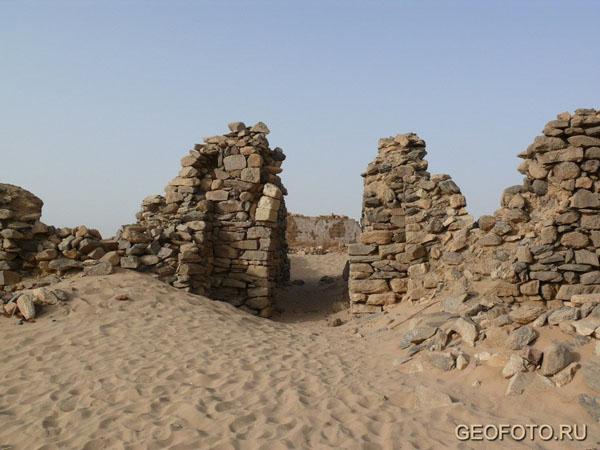 Руины христианского монастыря в Газали (X-XIII вв.) / Фото из Судана