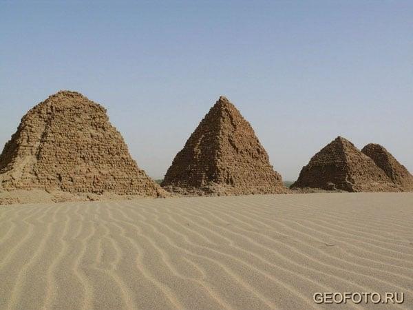 Пирамиды Нури / Фото из Судана