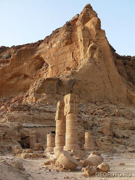 «Женский» храм богини Мут / Фото из Судана