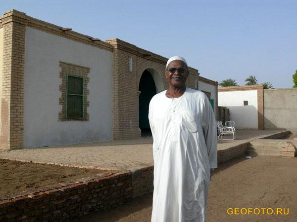 Абдаллах – владелец гостевого дома в Керме / Фото из Судана