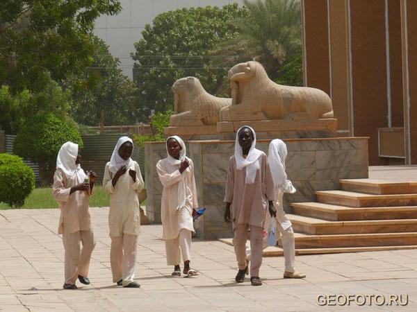 Суданские школьницы / Фото из Судана