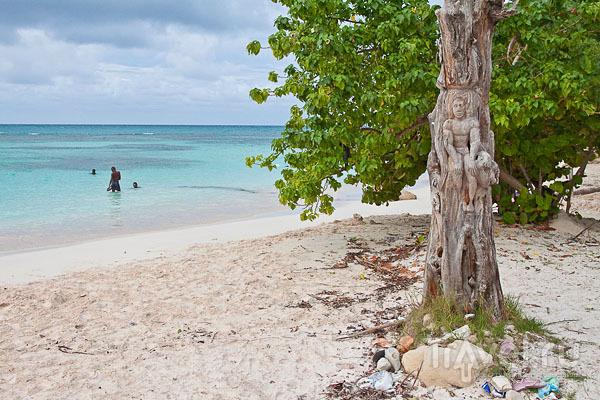Пляж Long Bay на Антигуа / Фото из Антигуа и Барбуды