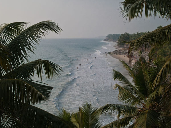 Вид на море и пляж из ресторана, Варкала / Фото из Индии