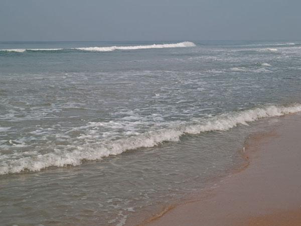 Длинная волна Аравийского моря, Варкала / Фото из Индии