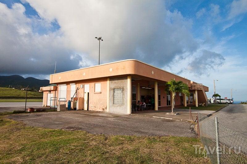Аэропорт John A. Osborne на Монтсеррате / Фото из Монтесеррата