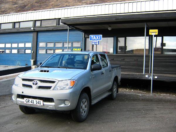 Единственное такси в Кангерлуссуаке / Фото из Гренландии