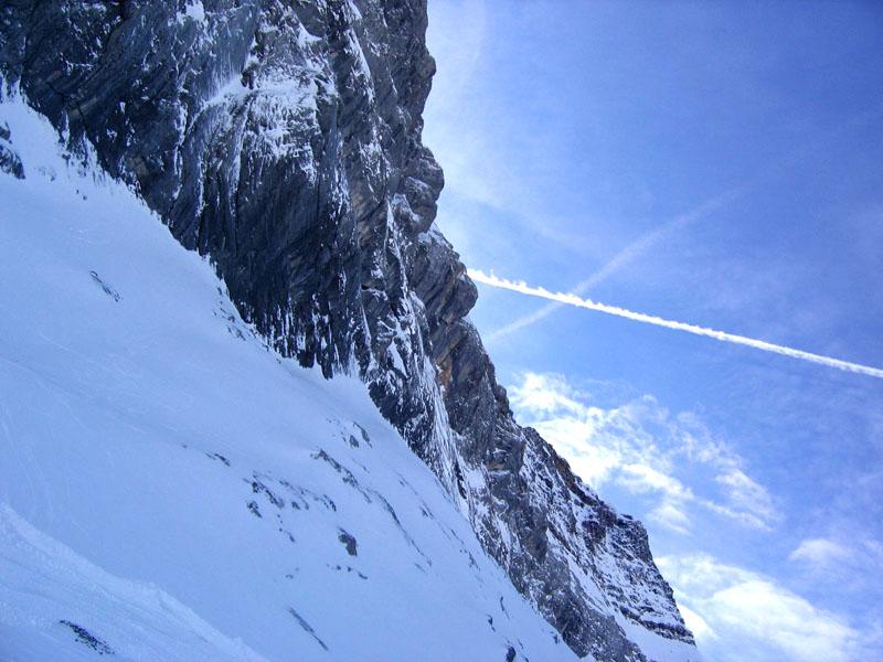 Вид с нижнего участка трассы Комб-д'Одон у подъемника / Фото из Швейцарии