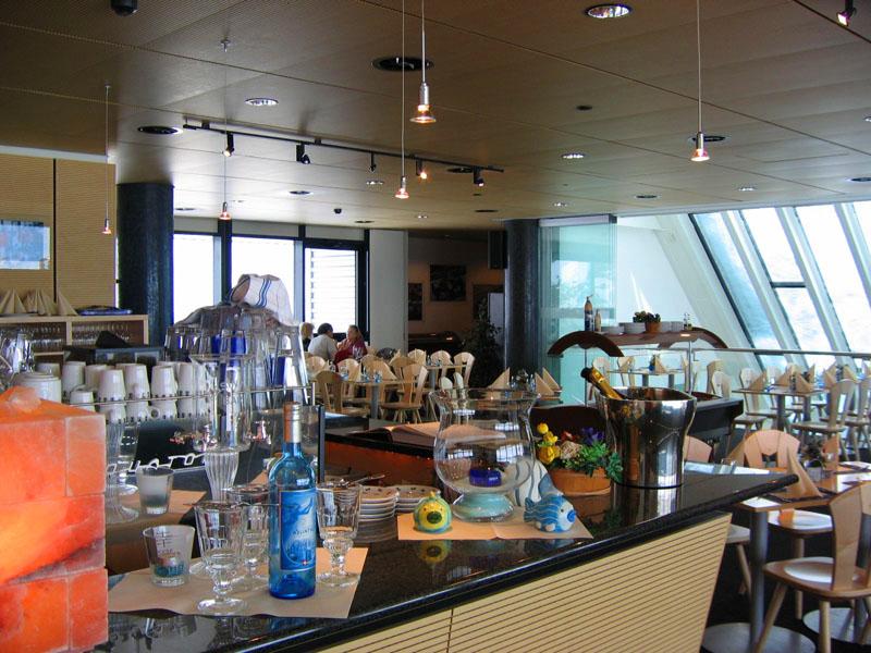 Интерьер ресторана Botta / Фото из Швейцарии