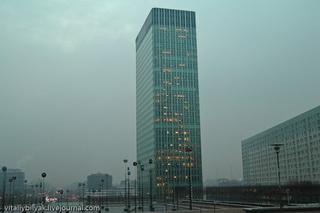 Непонятное здание / Франция