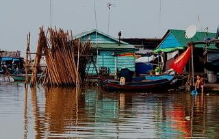 Тонлесапская вода / Камбоджа