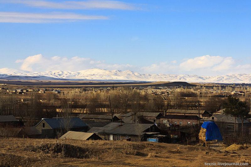 Вид на горы около Гюмри / Фото из Армении