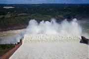 Сброс лишней воды / Бразилия