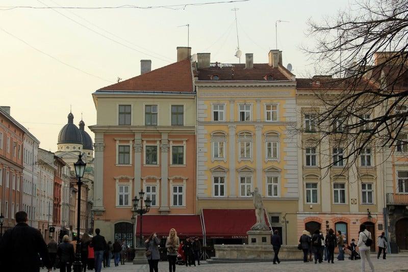 Площадь во Львове / Фото с Украины