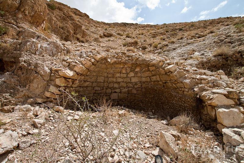 Пещеры у монастыря Мар-Саба в Палестине / Фото из Палестины