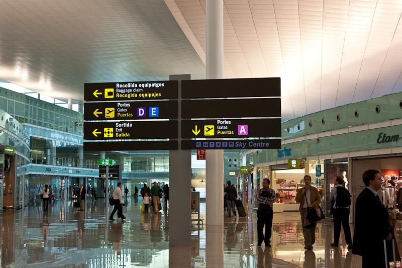 аэропорт Барселоны на прилете / Испания
