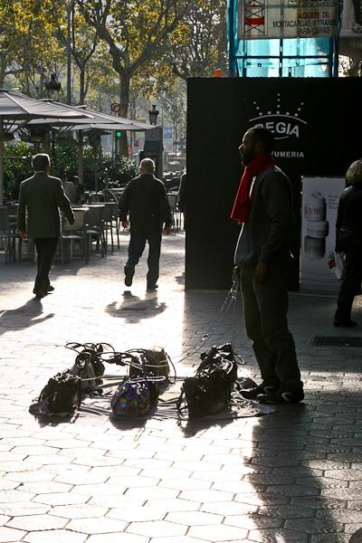 сумки и их хозяин / Испания