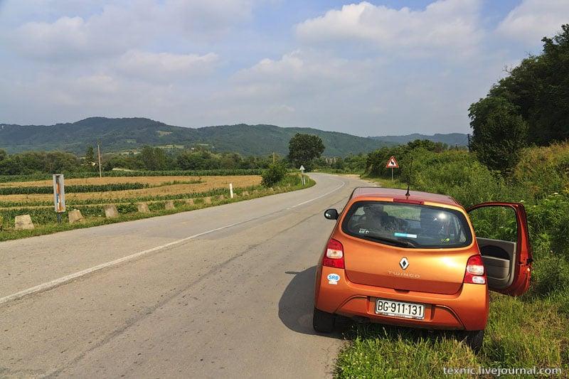 Машина из сербского проката / Фото из Сербии