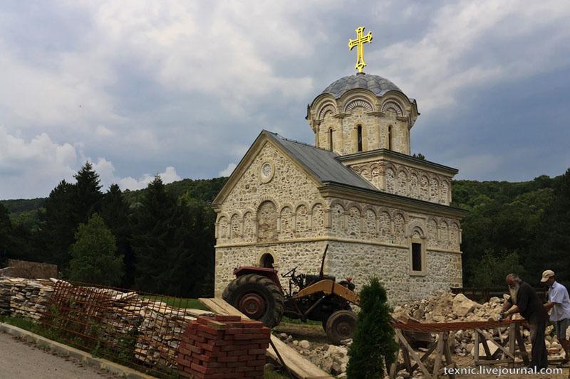 Монастырь Стари-Хопово в Сербии / Фото из Сербии