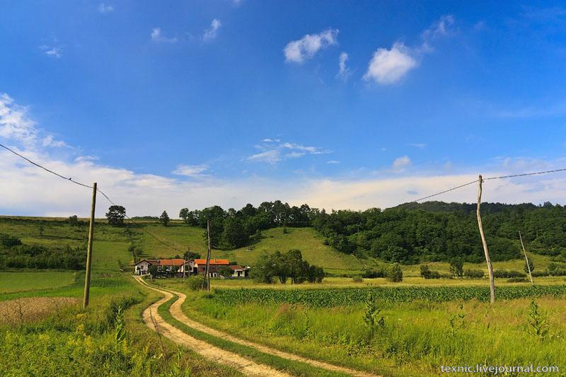 Сельский пейзаж Сербии / Фото из Сербии
