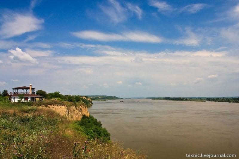 Дунай у деревни Сурдук в Сербии / Фото из Сербии